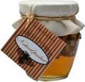 Medová  pochoutka s ořechy